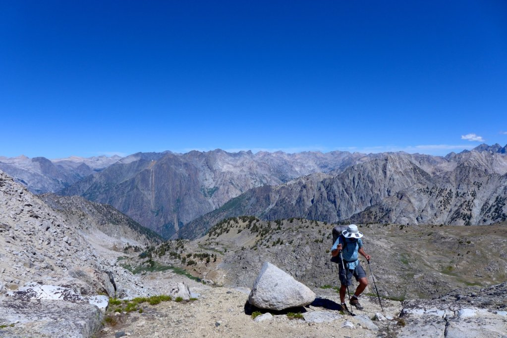 high-sierra-loop-roadsend-muirtrail-027.jpg