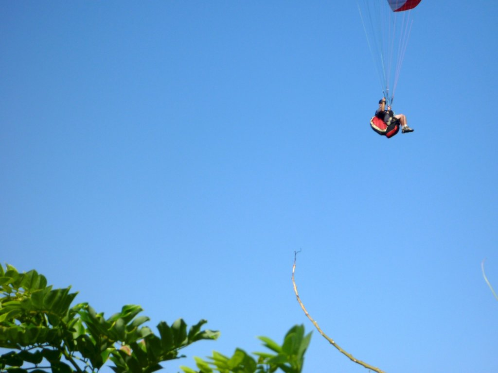 indonesia-paragliding-022.jpg