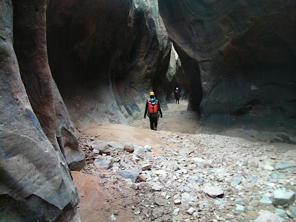 escalante-canyoneering-2009-075.jpg