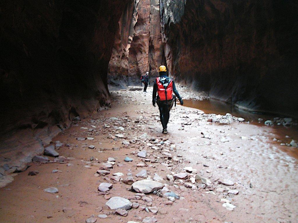 escalante-canyoneering-2009-073.jpg
