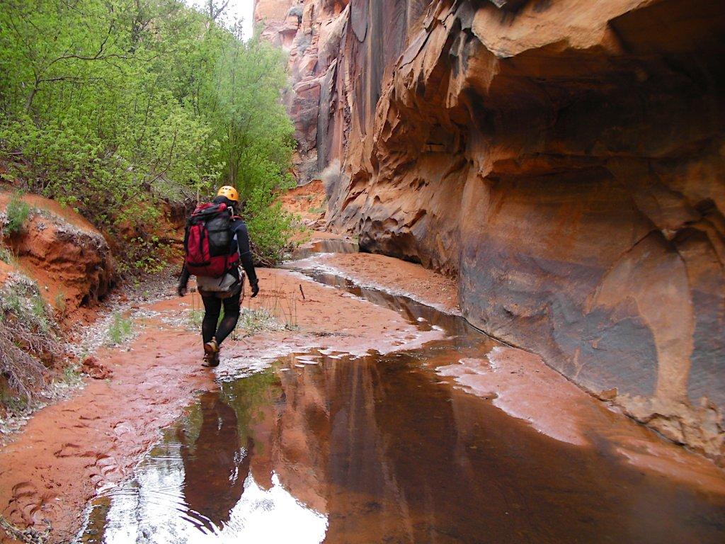 escalante-canyoneering-2009-071.jpg