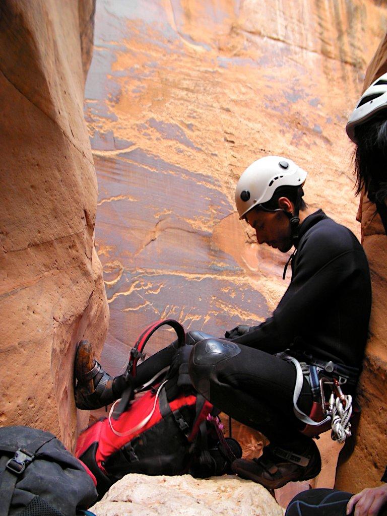 escalante-canyoneering-2009-067.jpg