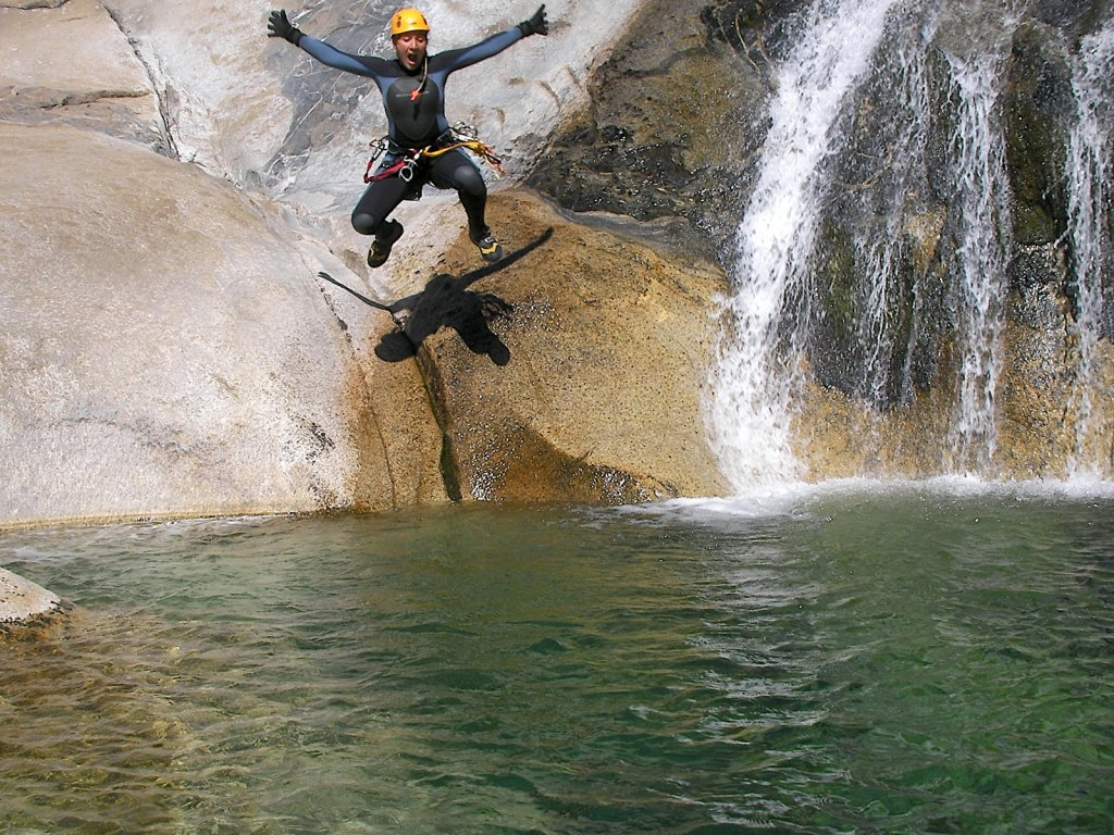 Southern Sierra Canyoneering