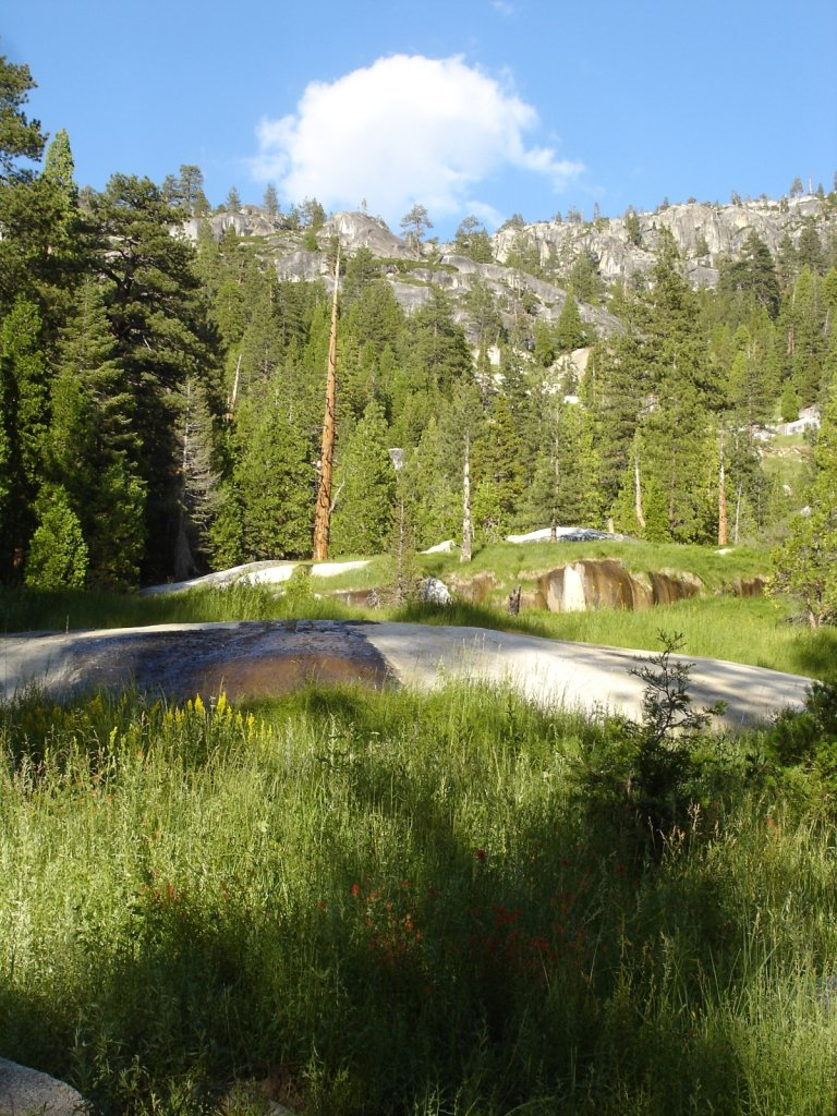 pct2005-reds-meadow-to-independence-009.jpg
