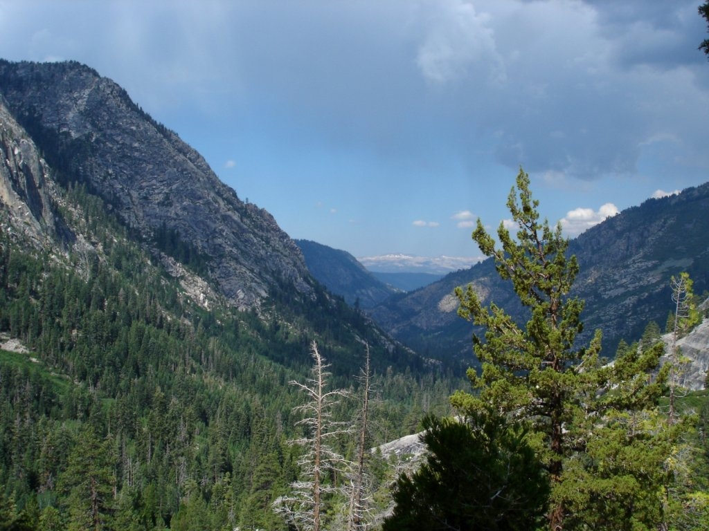 pct2005-reds-meadow-to-independence-024.jpg